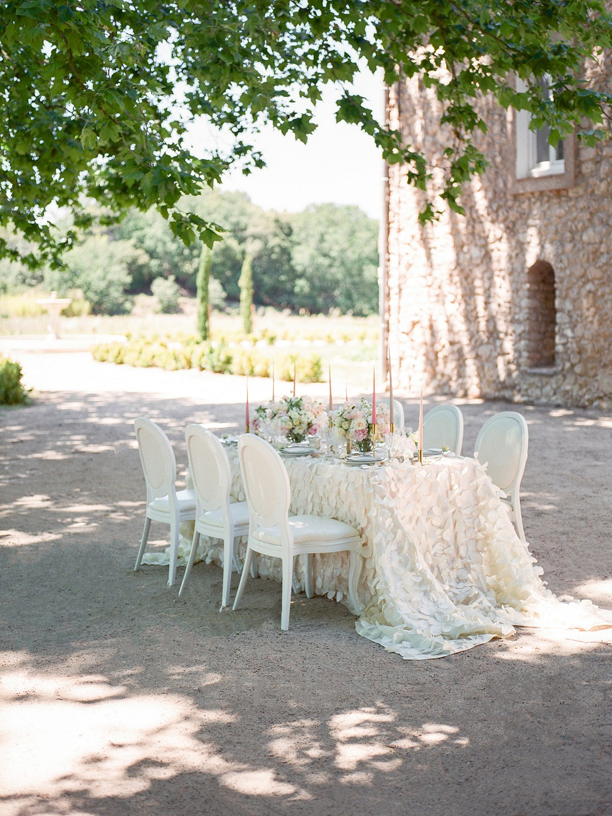 Elopement in Provence to Inspire Brides Thinking of a Micro Wedding