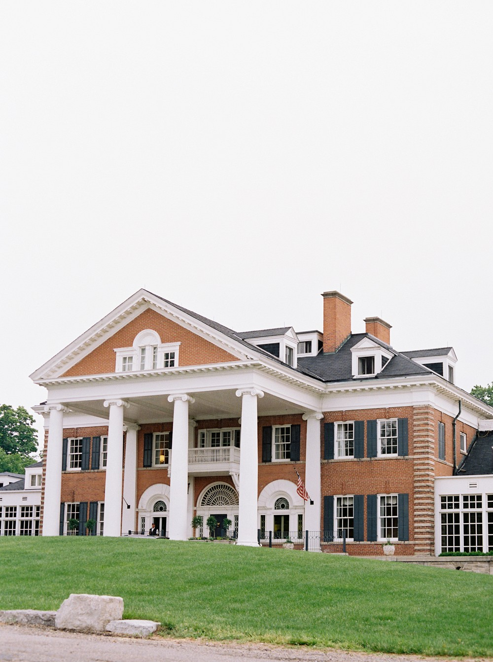 Canada wedding venue   Sophisticated Real Wedding in Ontario by When He Found Her on Wedding Sparrow