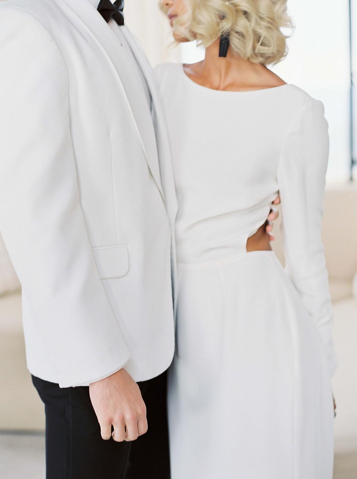 Contemporary Black Tie Wedding Inspiration at Malibu Rocky Oaks