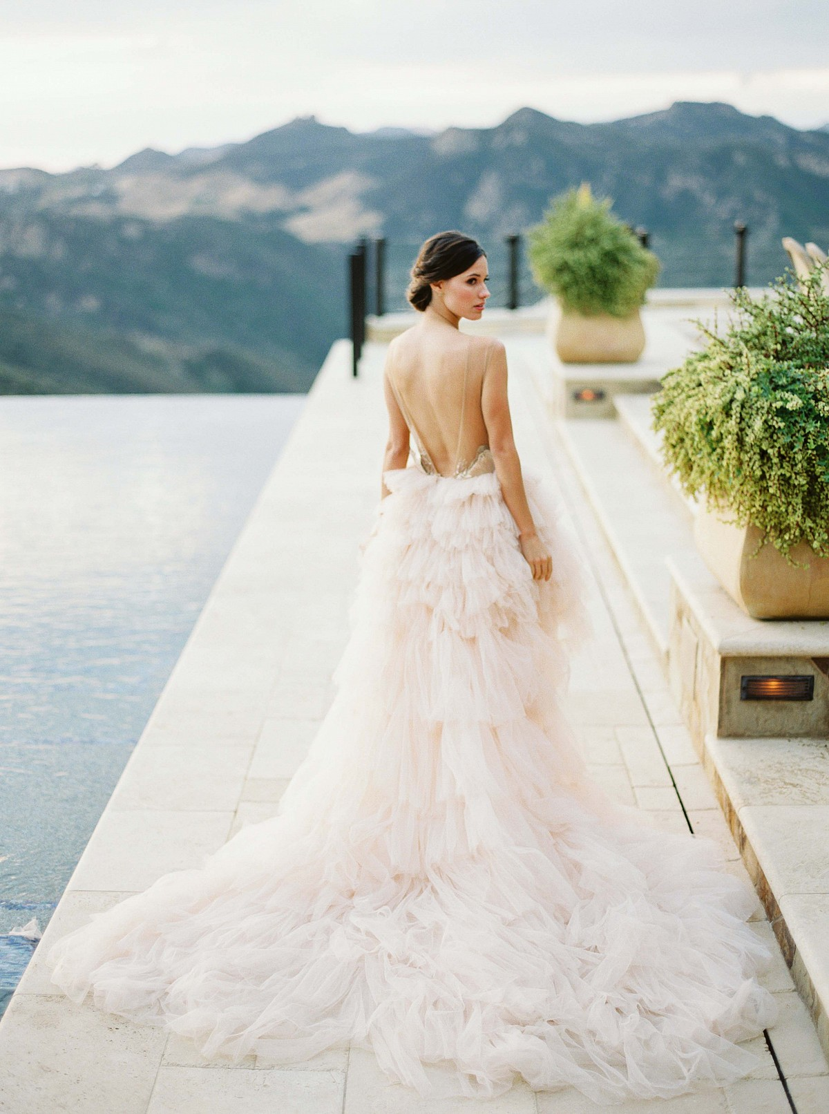 Feminine Rose and Mauve Malibu Wedding Inspiration