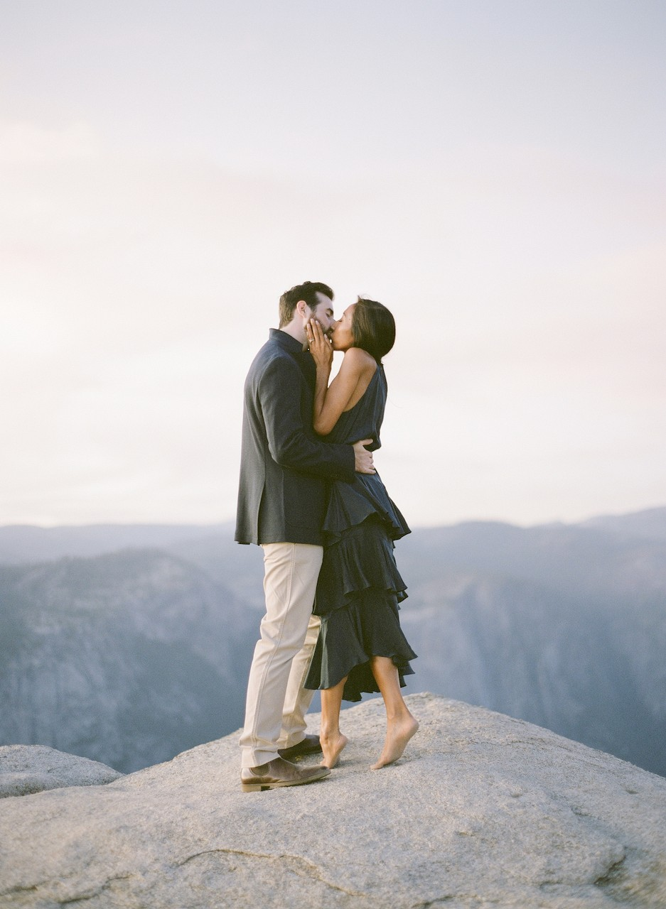 A WOW Engagement Session from Yosemite National Park