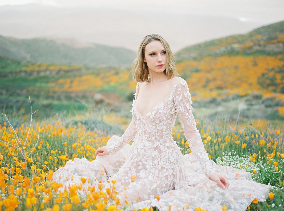 Bold Poppy Wedding Ideas