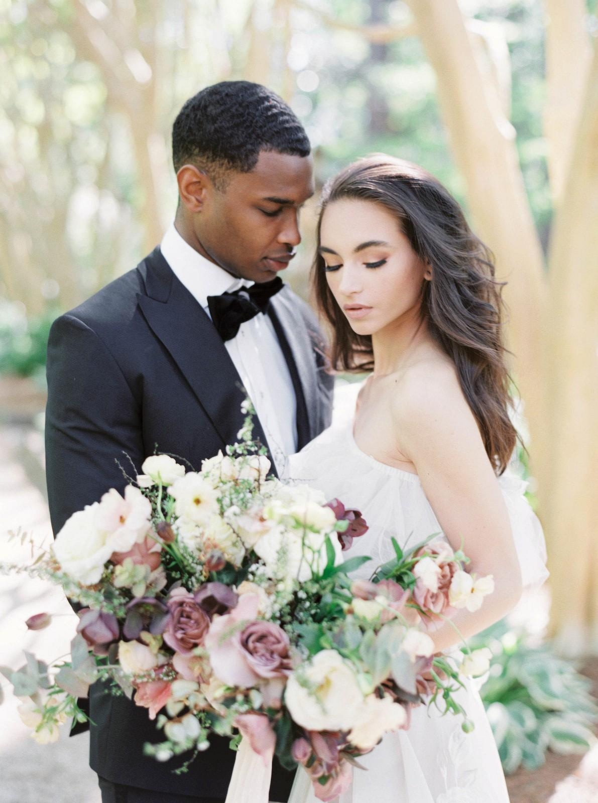 Botanical Wedding Style at the Swan House