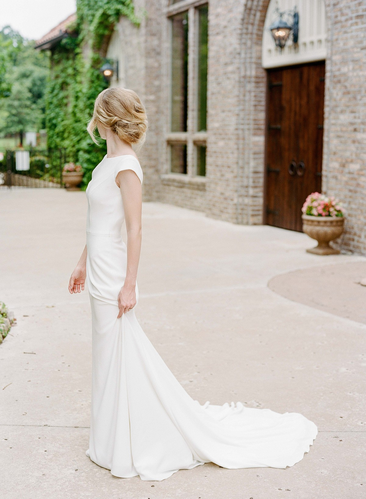 Luminous Bridal Ideas via Amanda Watson Workshops