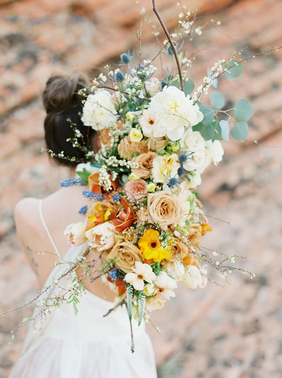 Bold wedding bouquets