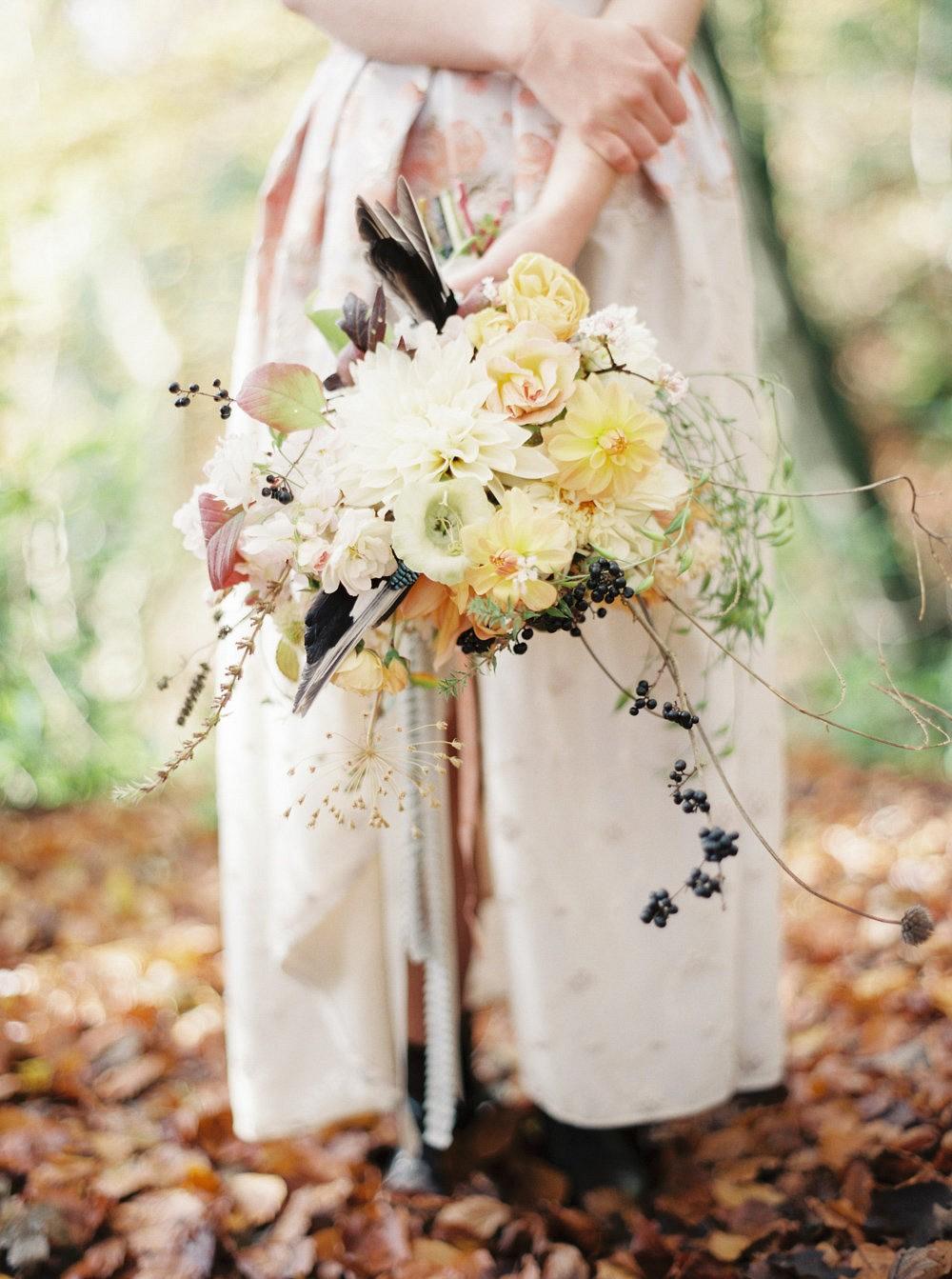 buttercream yellow wedding bouquet