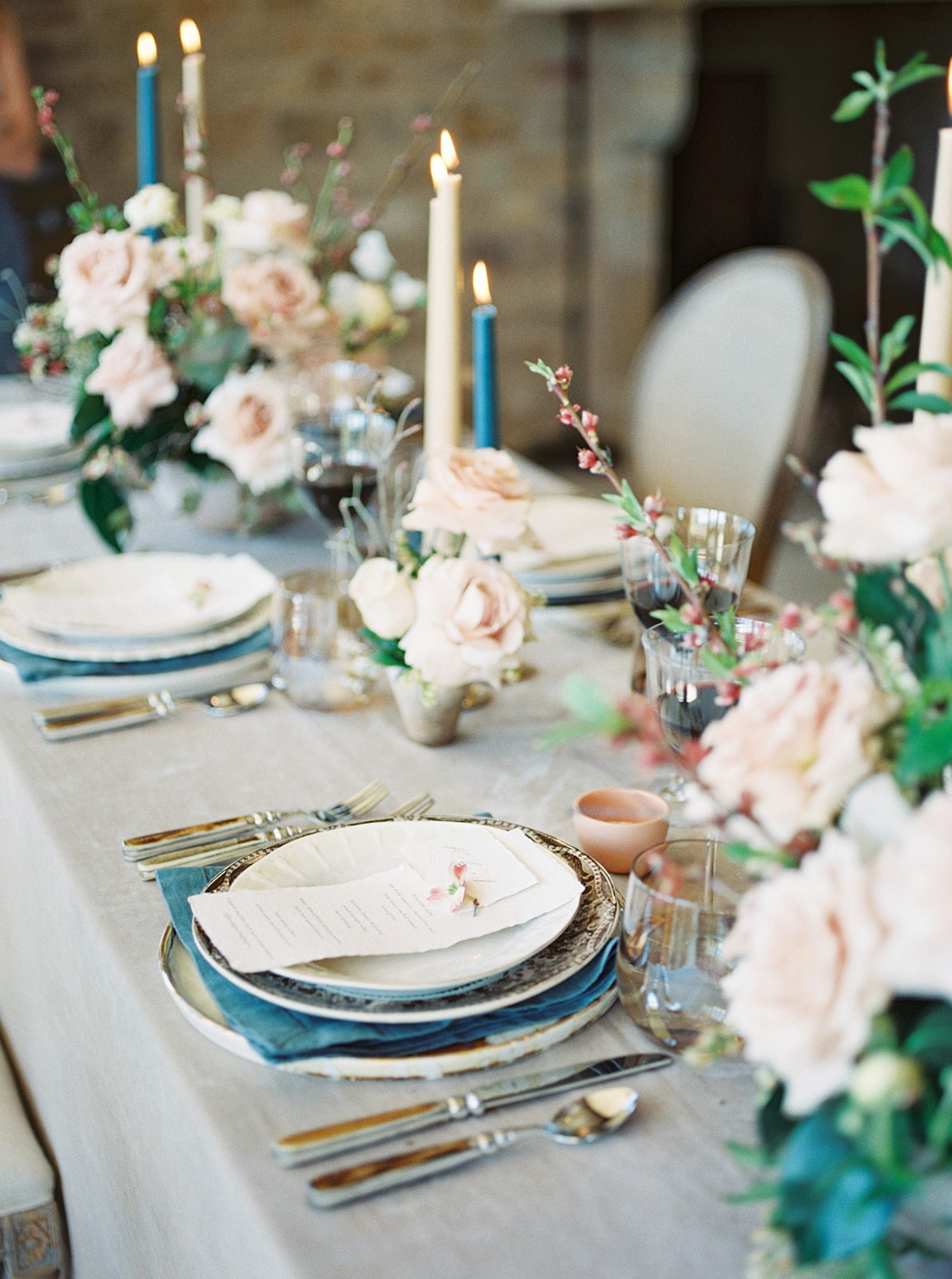 Floral tablescape with teal details, by Lianna Marie