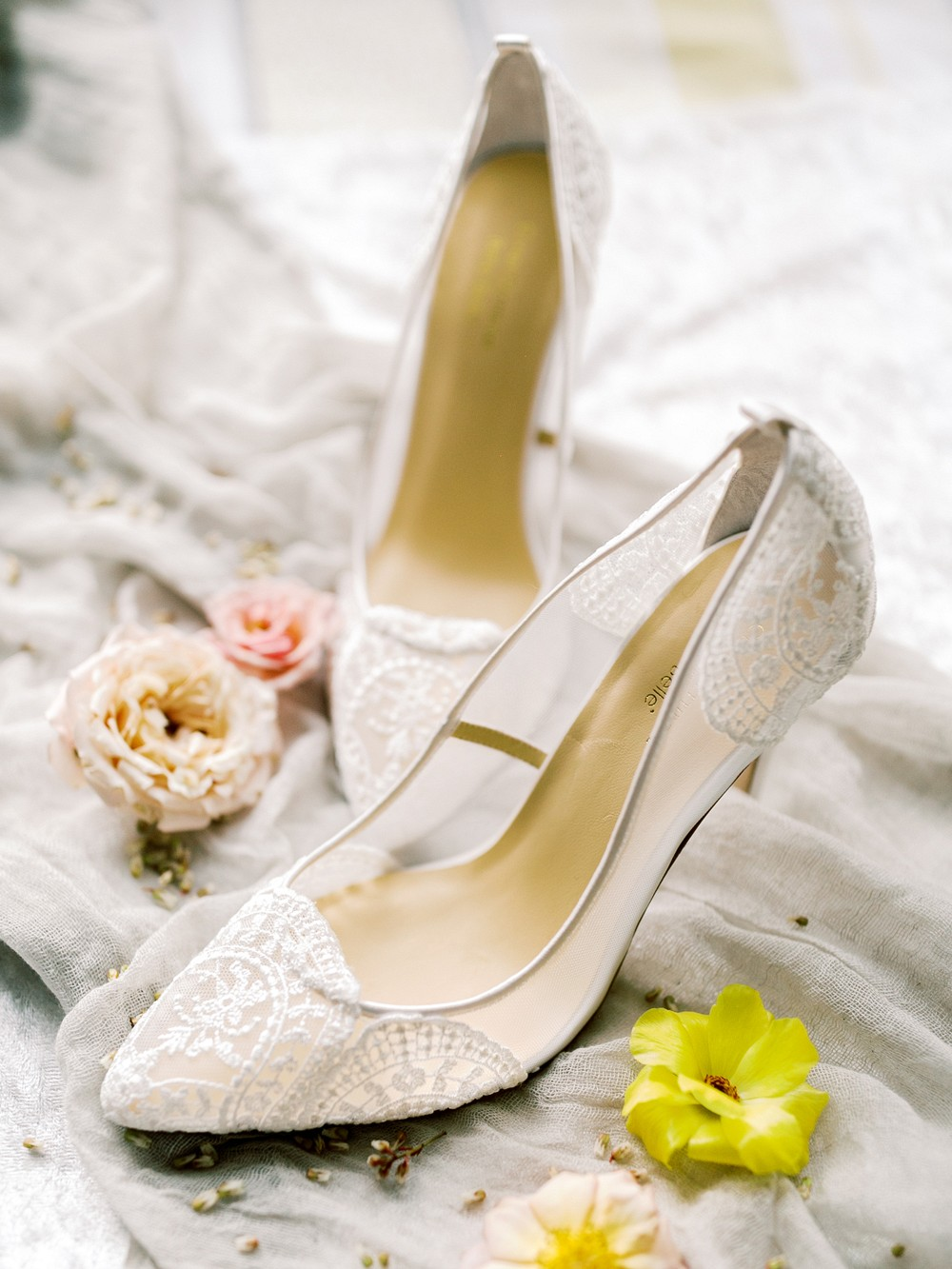 Regal Irish Wedding Style with Pops of Yellow