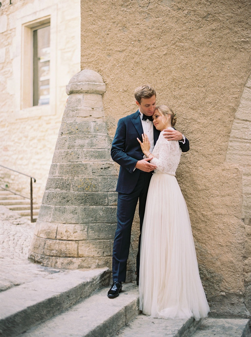 Chic and intimate outdoor wedding in Provence
