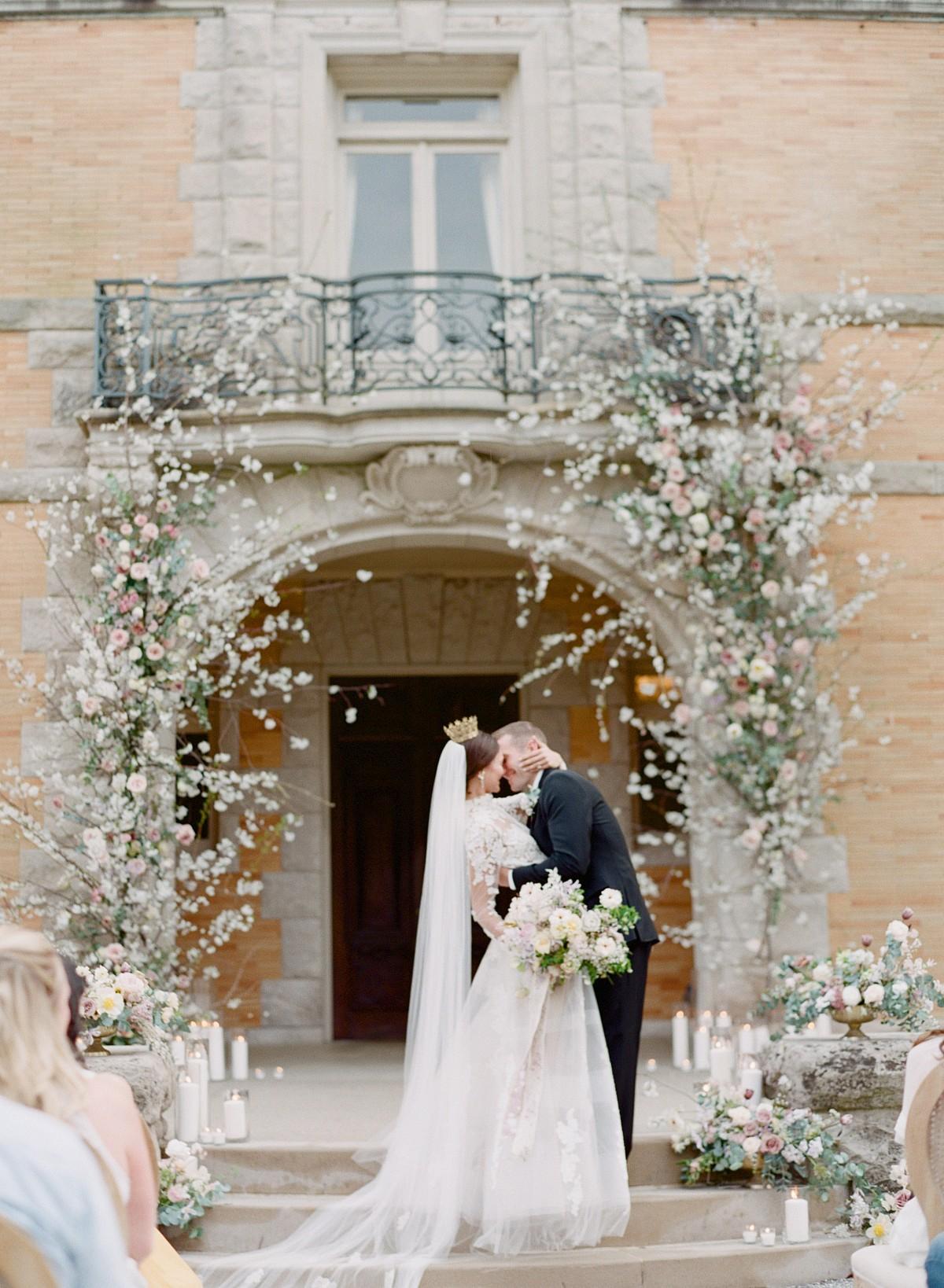 How to Organize a Destination Wedding