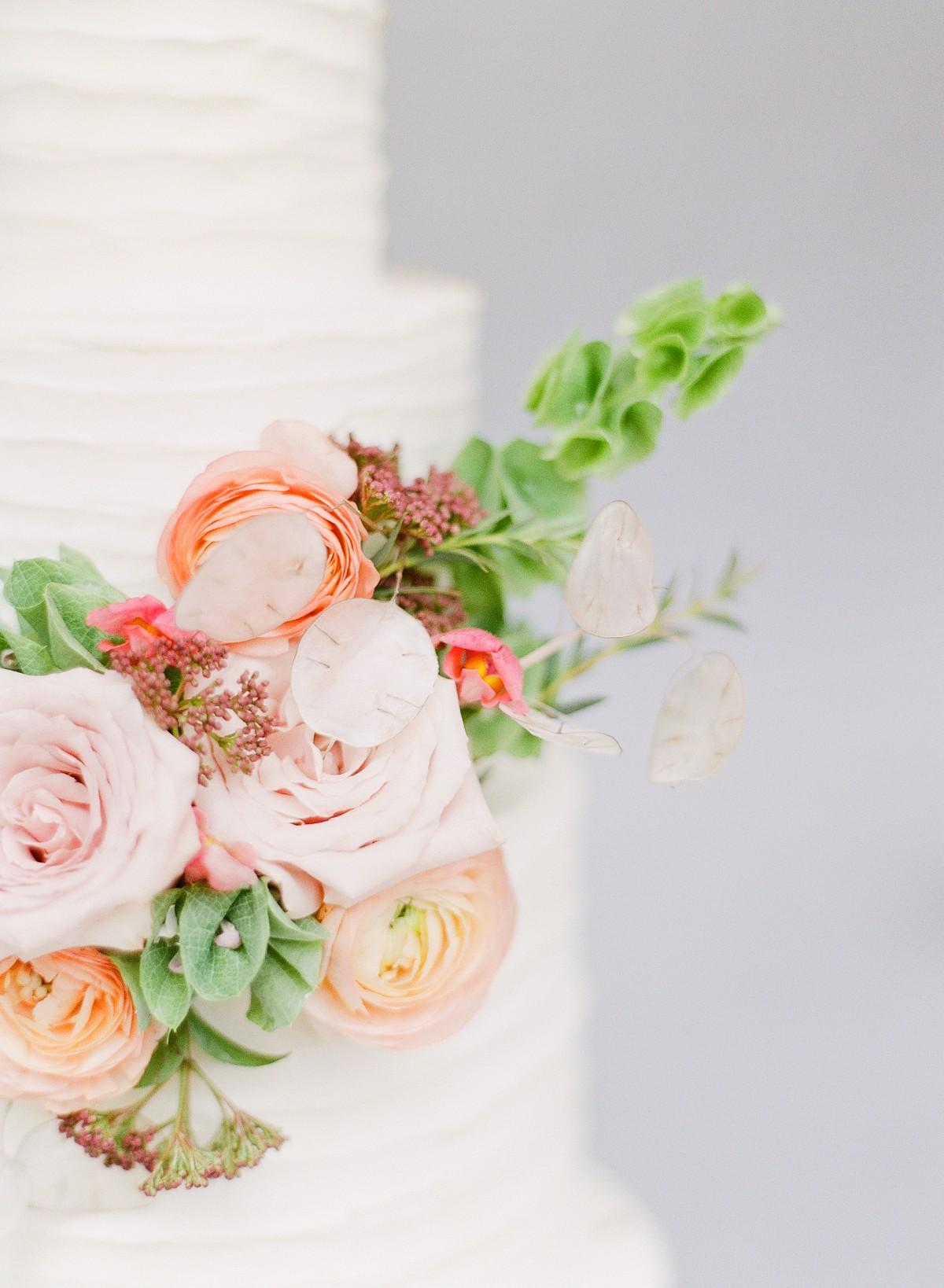 wedding cake ideas - rustic