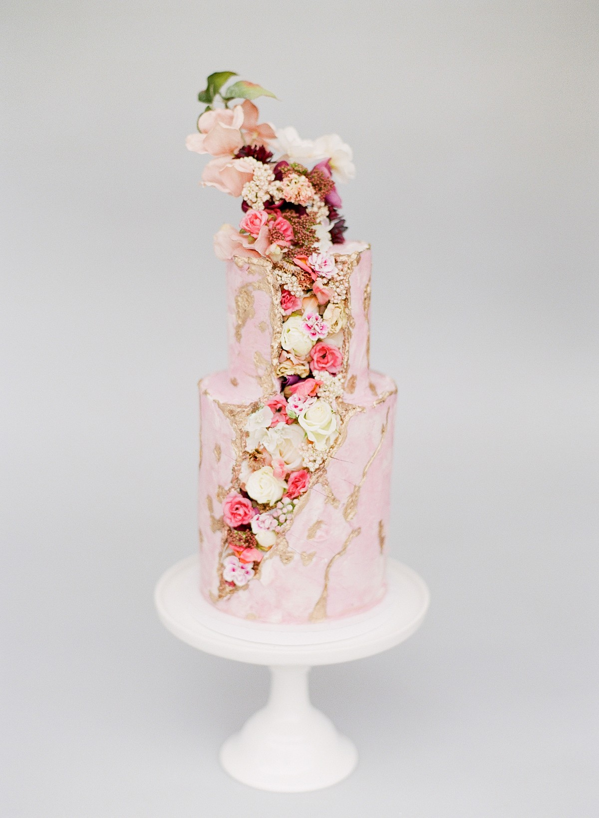 7 Wedding Cakes That Are (Almost) Too Pretty To Eat