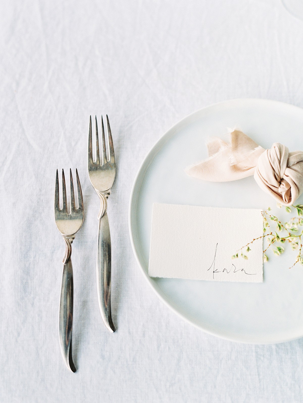 Minimalist Wedding Inspiration in tones of blush, ivory, and grey