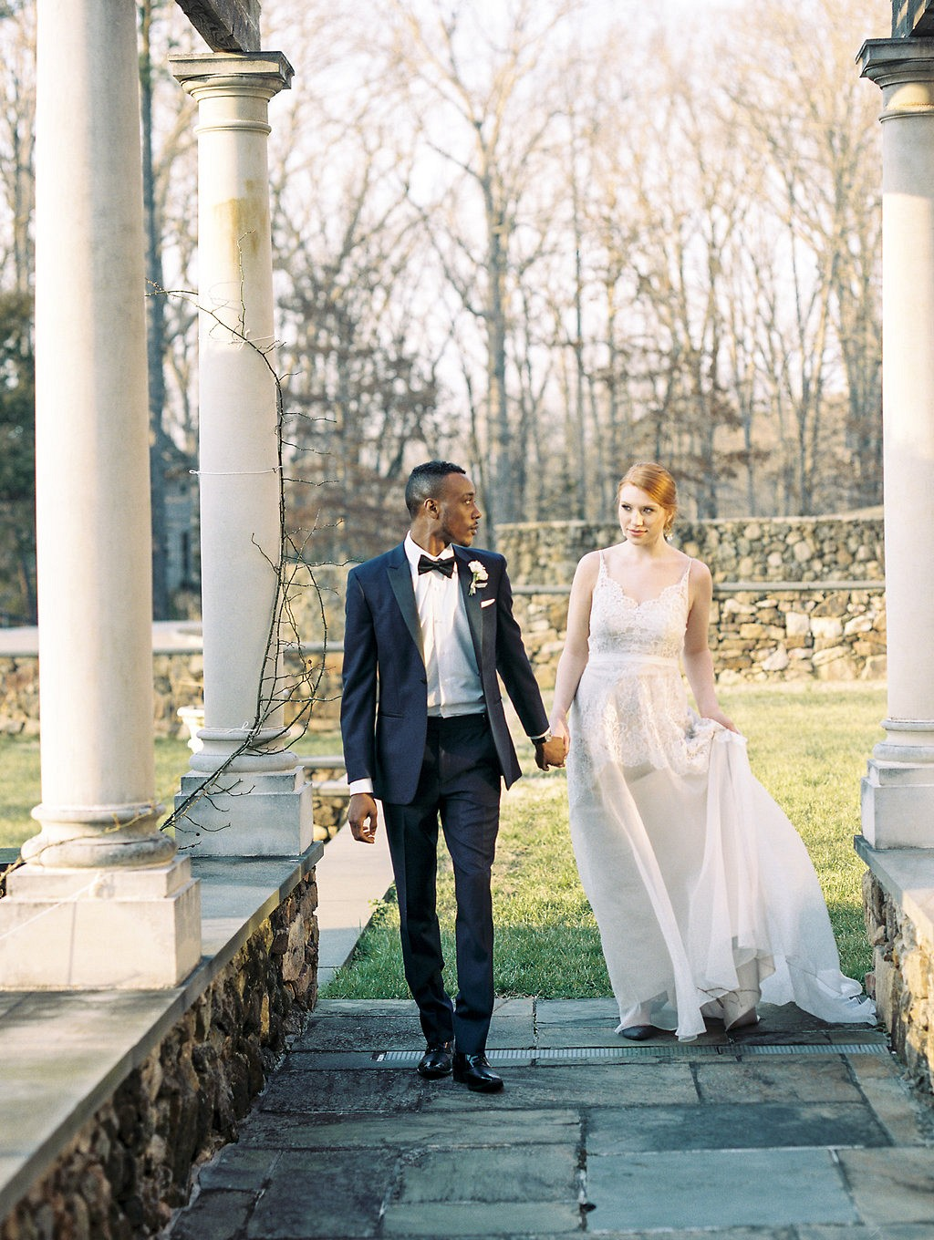 Timeless Navy and Gold Wedding Inspiration