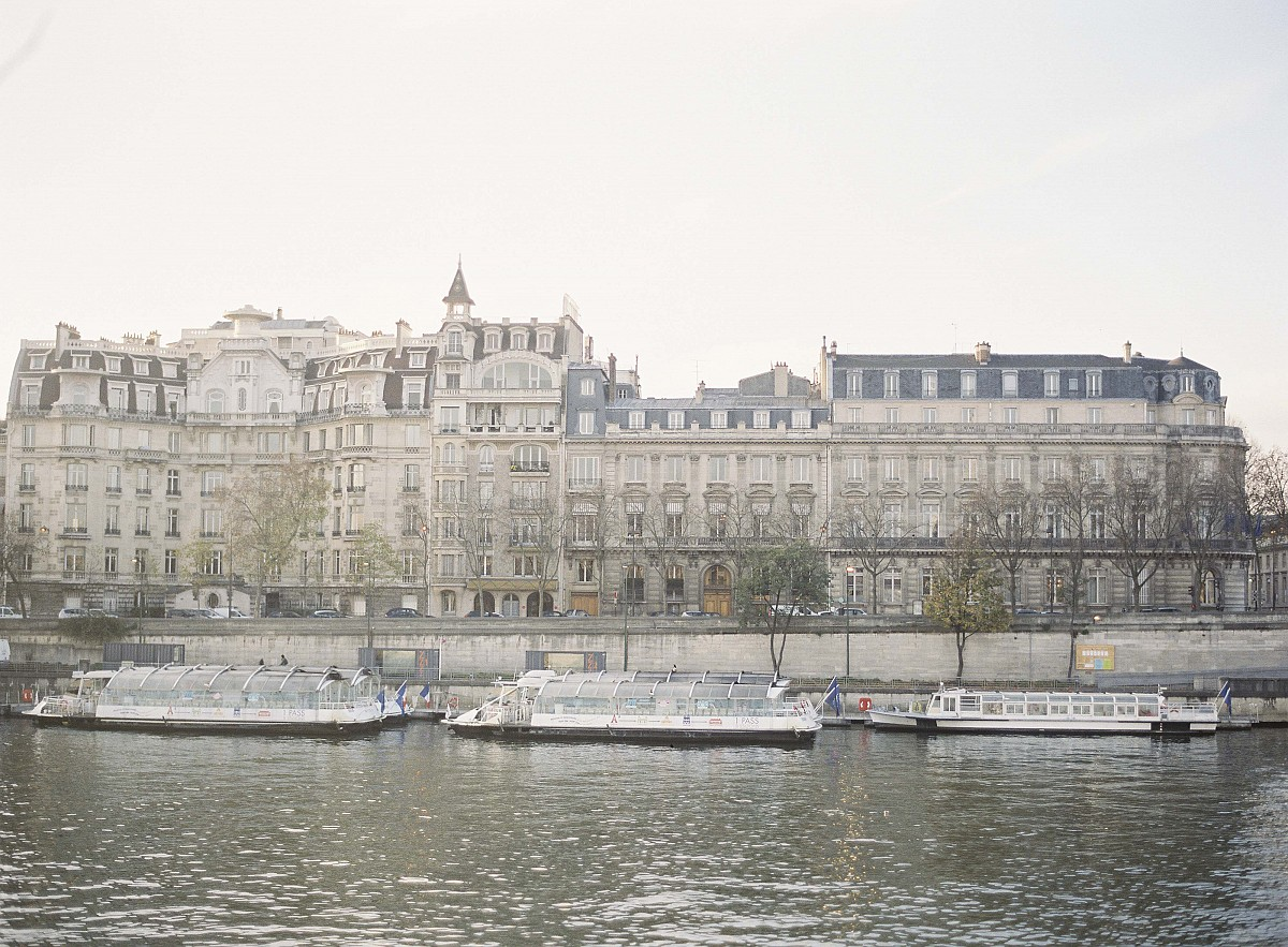 Parisian Destination Engagement Session by Michael and Carina Photography | Wedding Sparrow | wedding blog