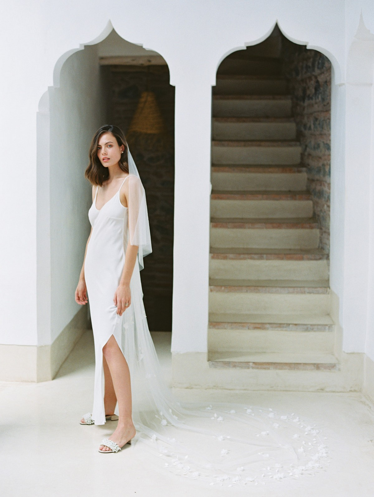 Chic bohemian honeymoon looks for the modern bride