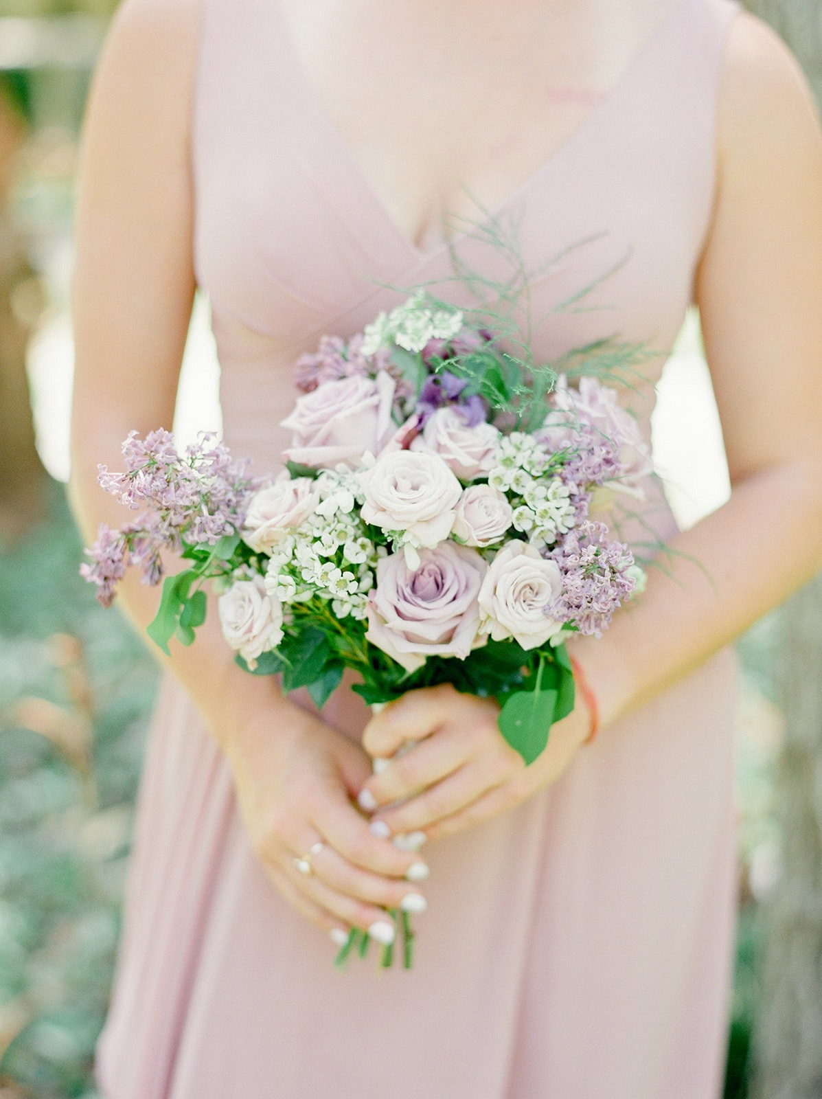 Pretty garden wedding editorial with lilac and lavender