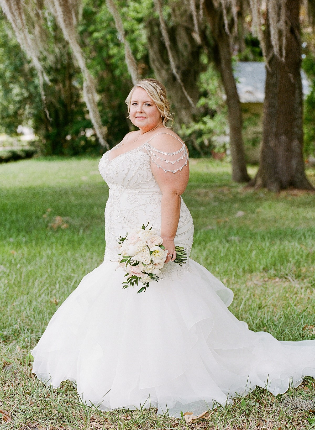 Intimate home garden wedding in Orlando, FL