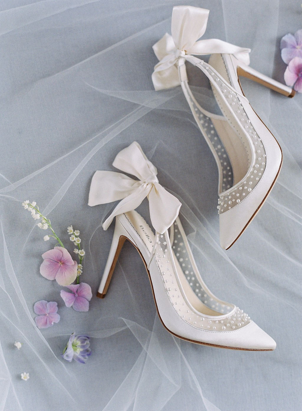 15 Wedding Shoes For the Fine Art Bride