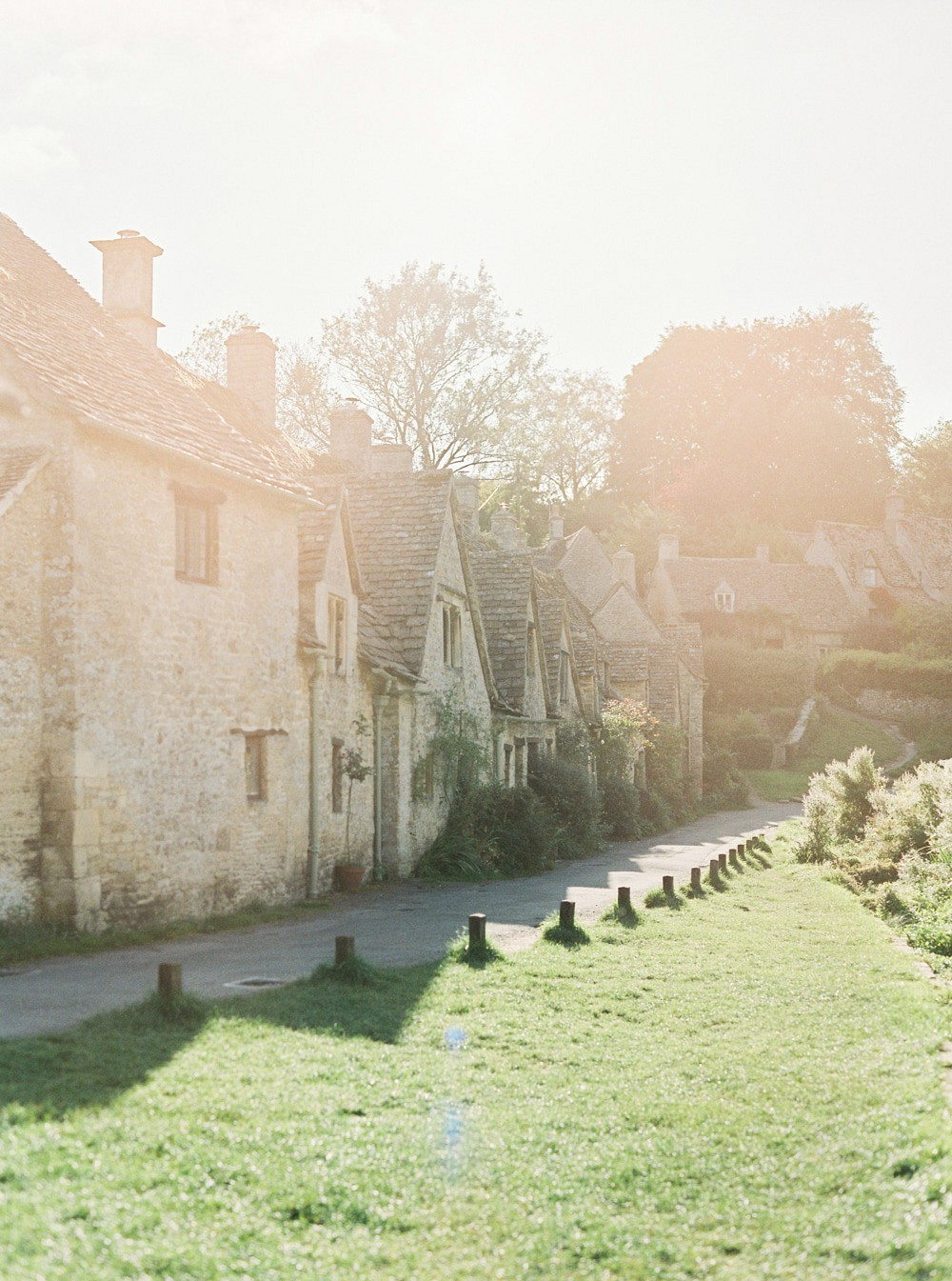 Cotswolds Manor Wedding Ideas Full of Blooms