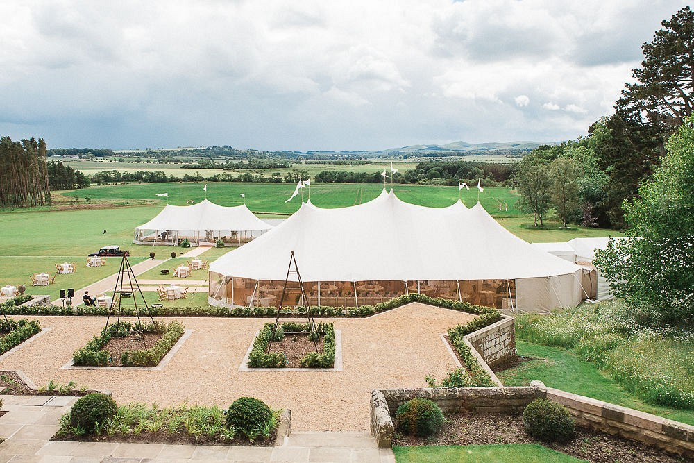 RECEPTIONS IN MARQUEES