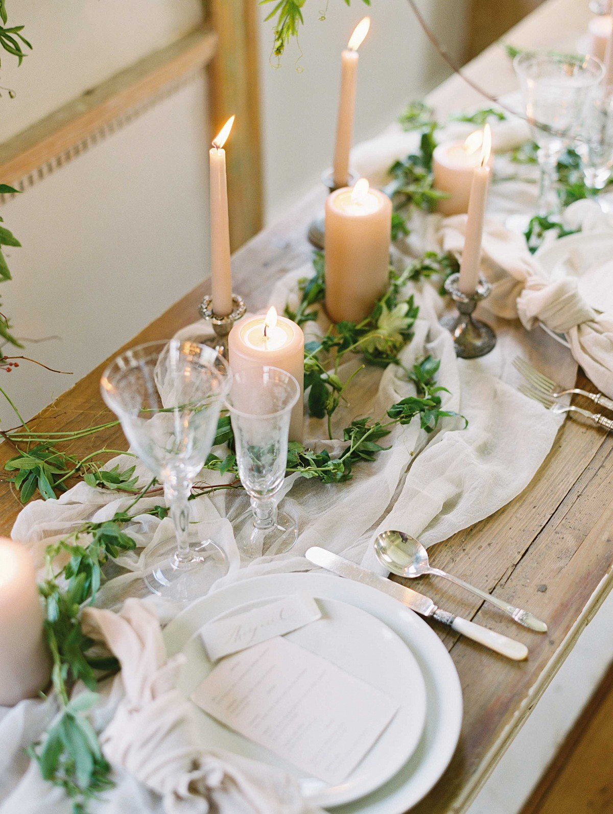 Pure and Emotive Organic Wedding Inspiration
