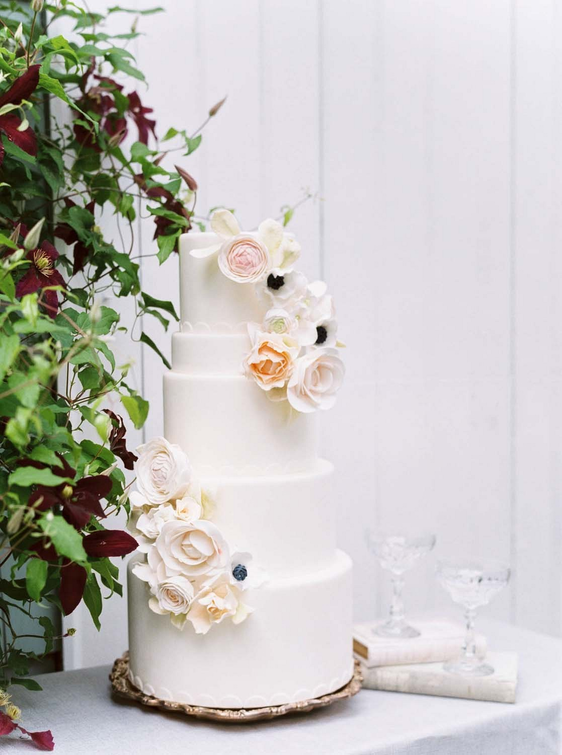 Elegant Estate Wedding Inspiration