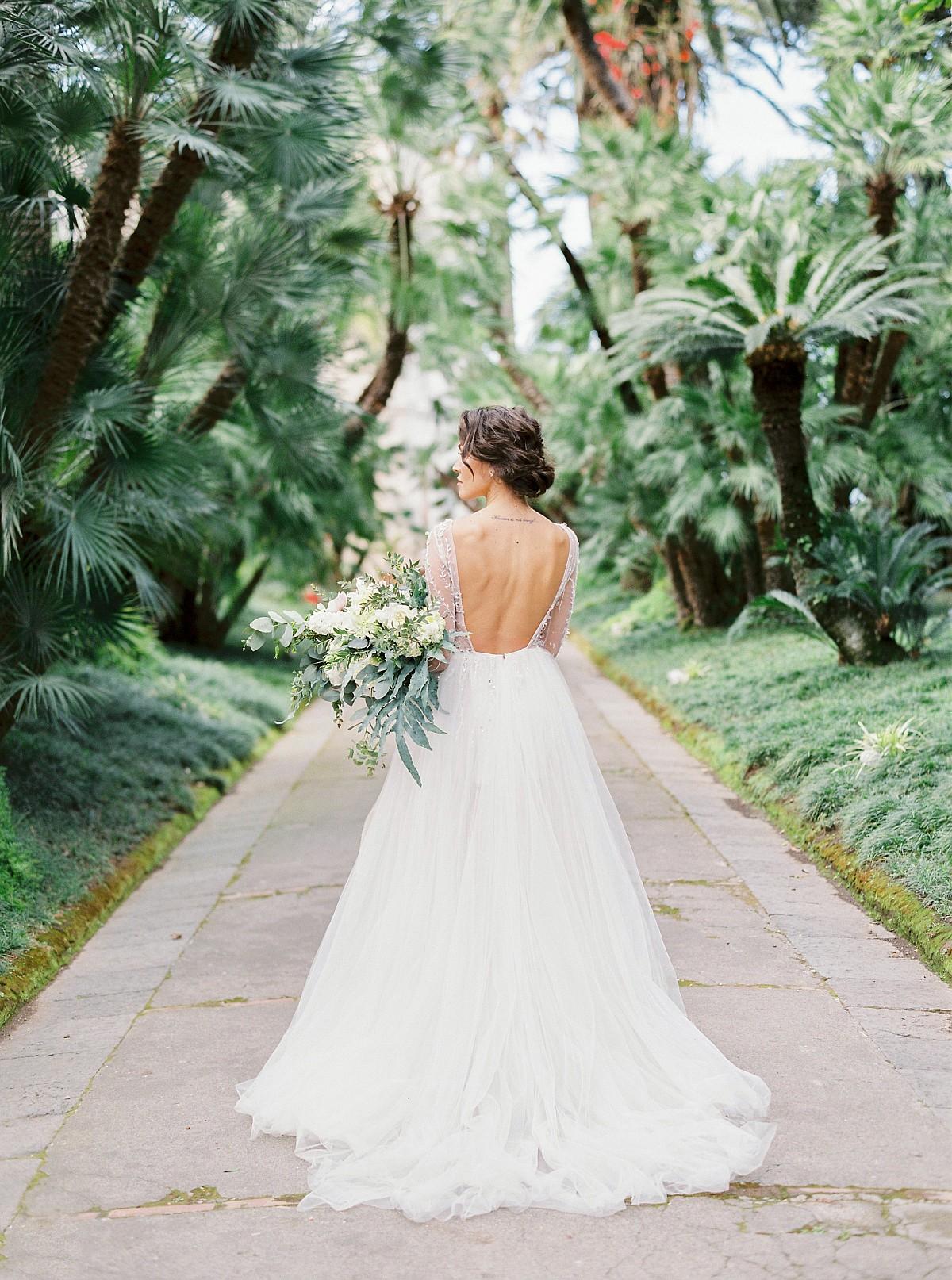 Wedding Inspiration in the Mediterranean Gardens of Villa Astor