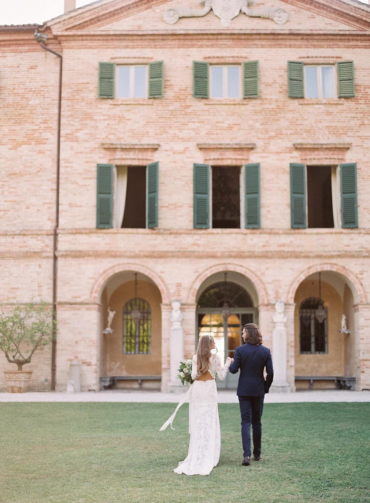 Reminiscent Destination Wedding in Italy