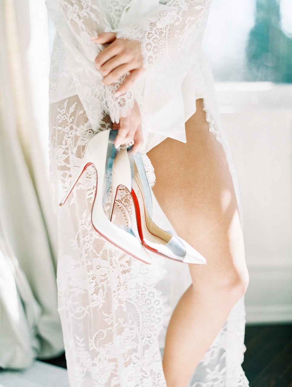 All White Contemporary Bridal Session