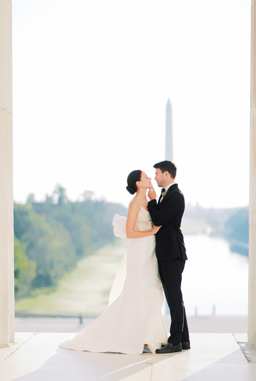 Black Tie & Oscar de la Renta Gown at the Lincoln Memorial