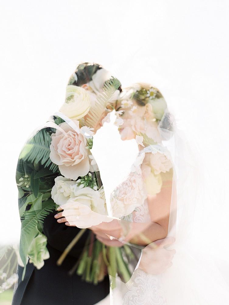 Black & White Elegant Mansion Wedding Ideas