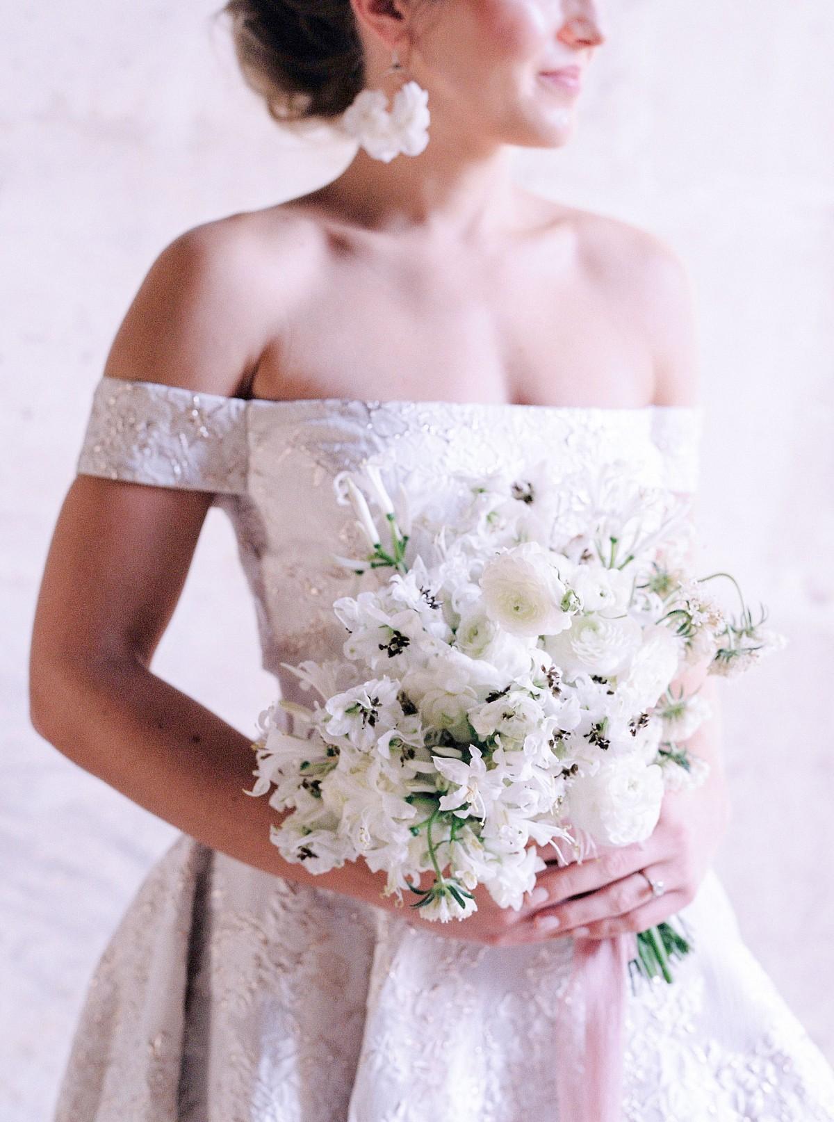 No Cell Phones at Wedding - Rachel McCarthy Photography - Paris Wedding Photographer
