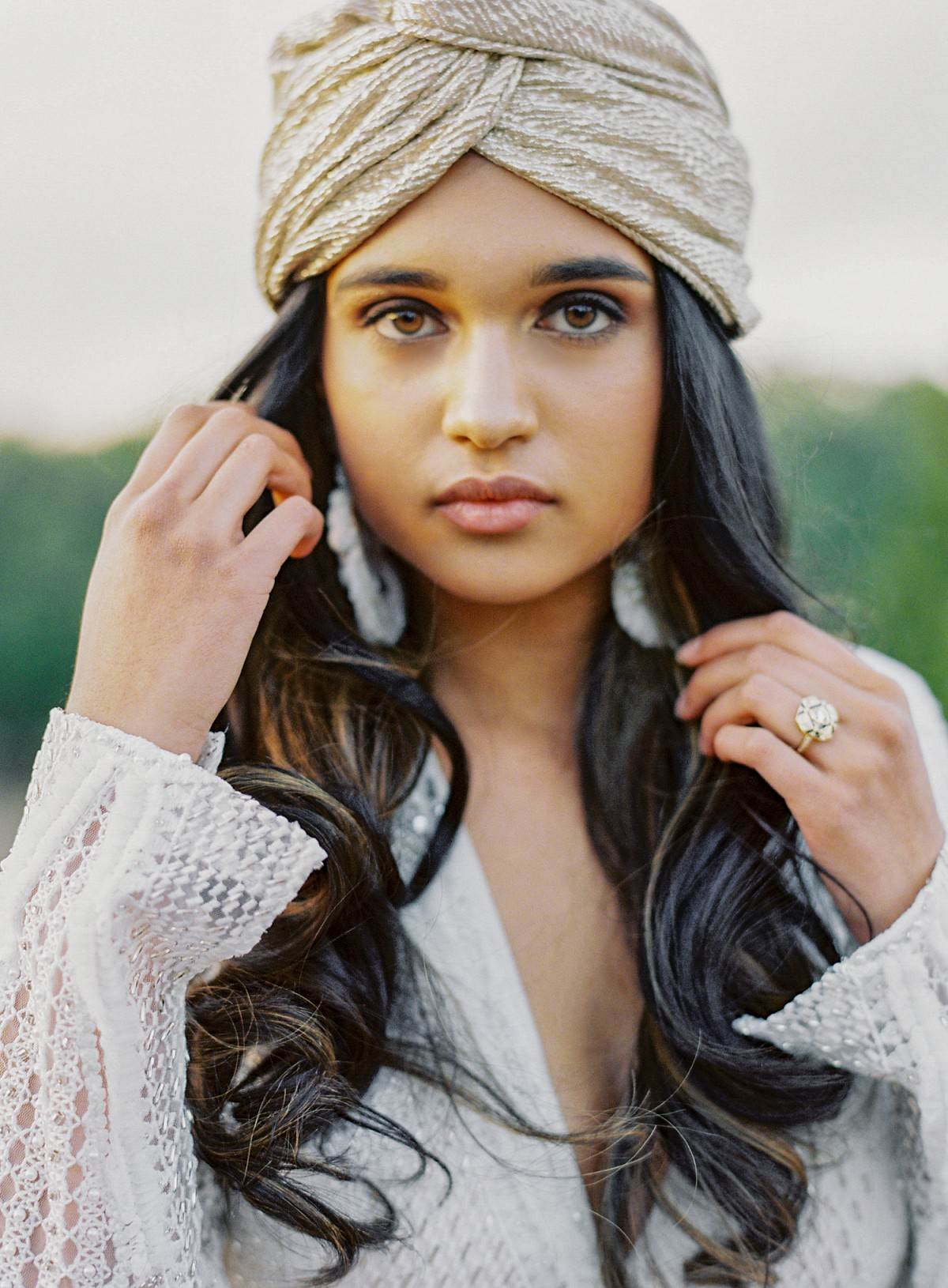 Serene Desert Bridal Session with a Gold Turban