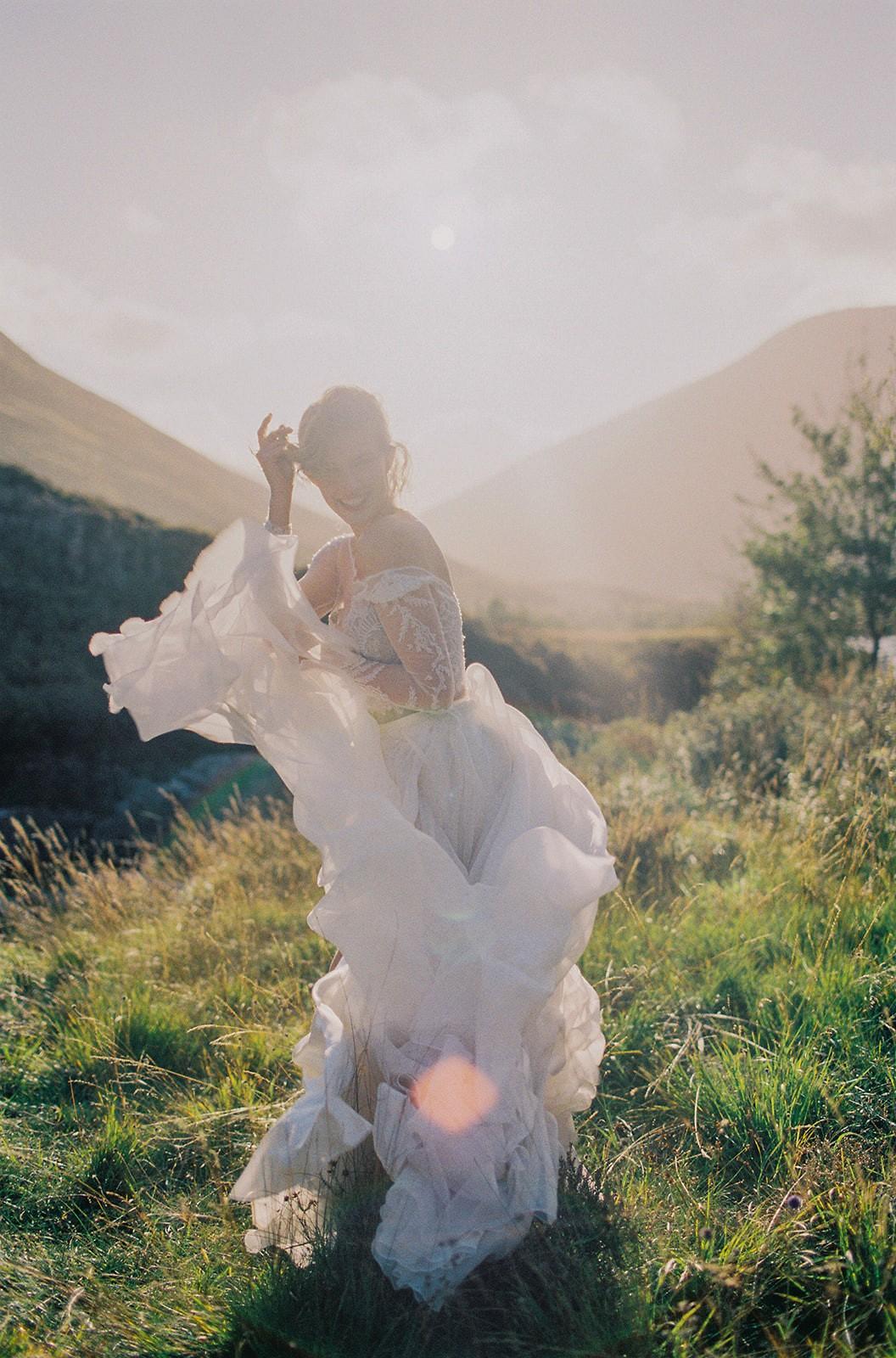 Earthy Fall Scottish Highlands Wedding Inspiration