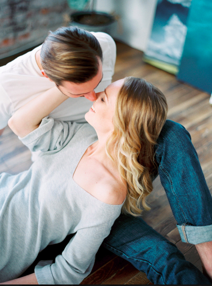 How to craft a relaxed anniversary session