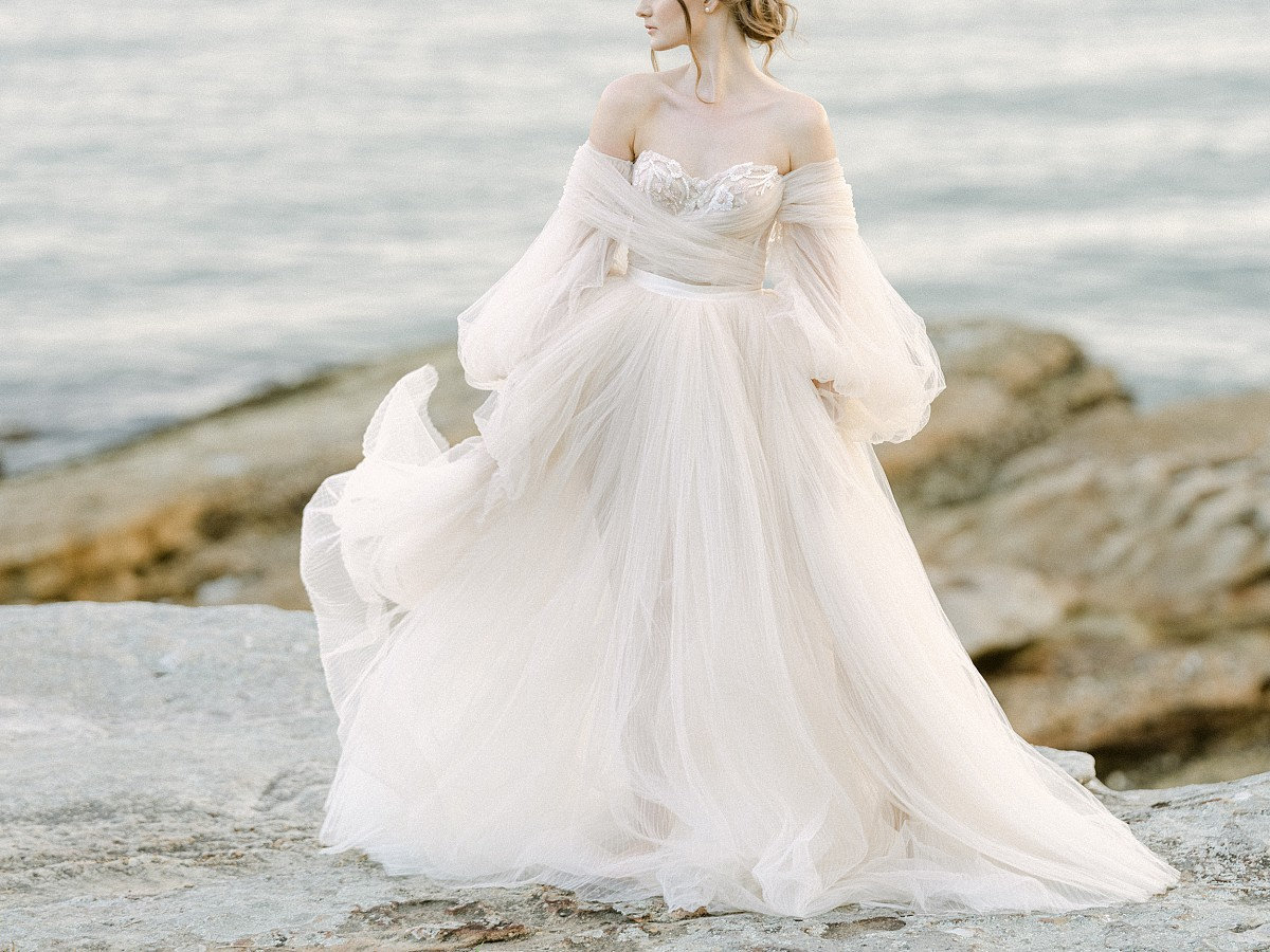 How To Choose a Wedding Dress and Not Regret it