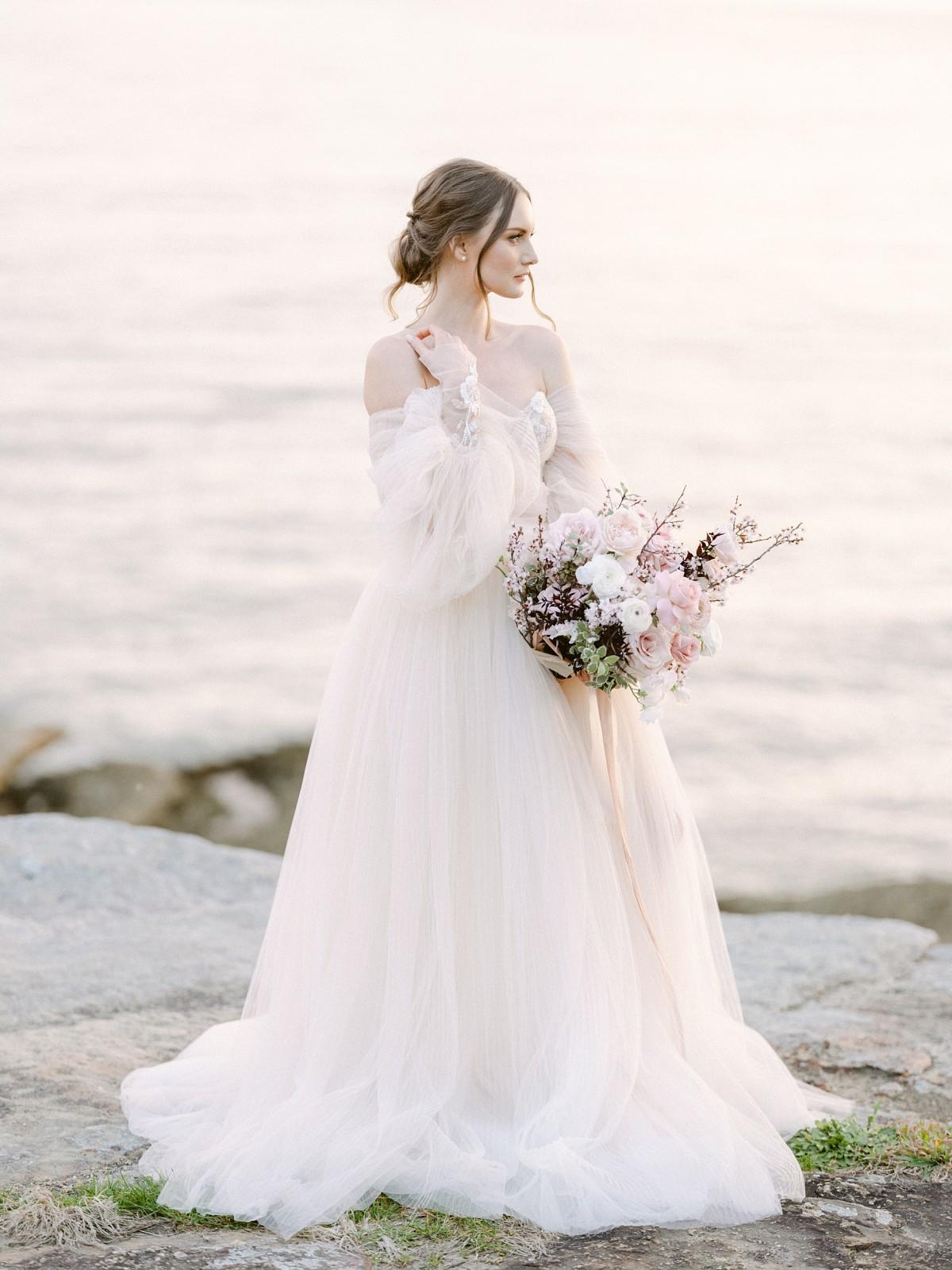 choosing a Galia Lahav wedding dress