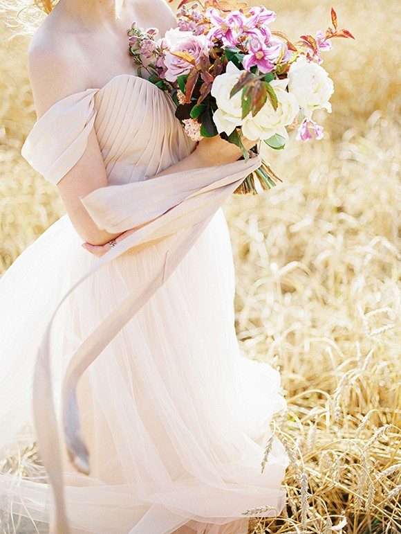 Outdoor Romantic Bridal Inspiration