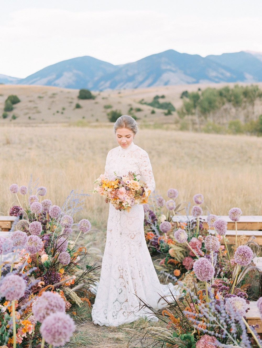 Colorful Montana Wedding Ideas with Outdoor Ceremony