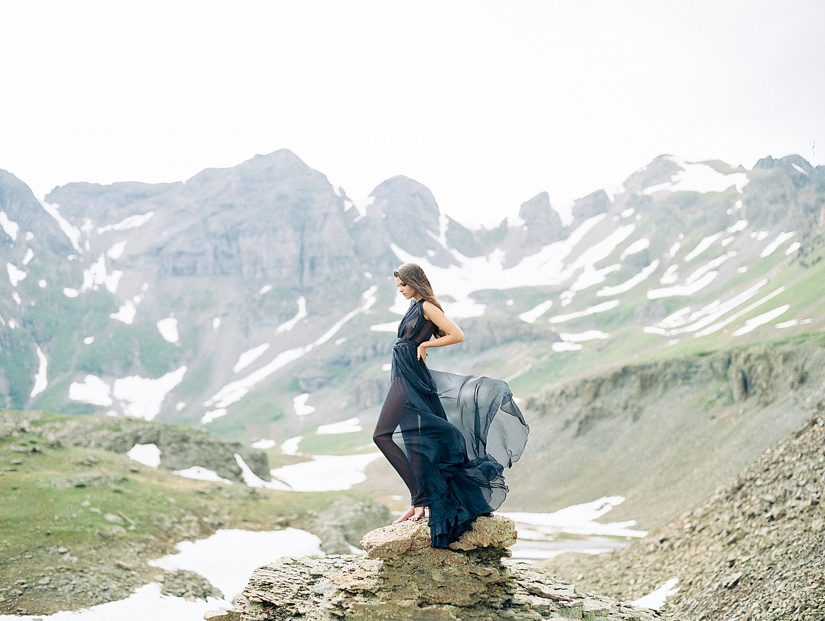 Sultry and Romantic Bridal Inspiration for Valentine's Day | Winsome and Wright | Wedding Sparrow
