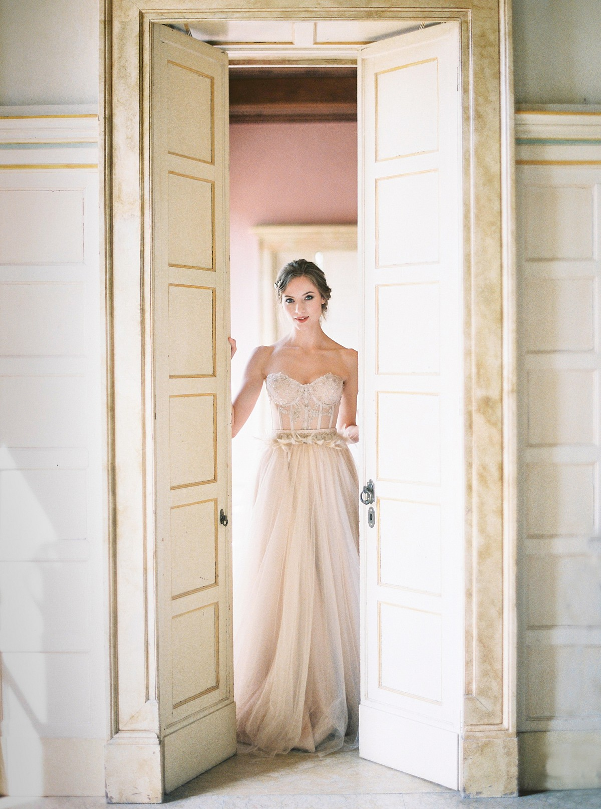 Gilded Italian Wedding Ideas