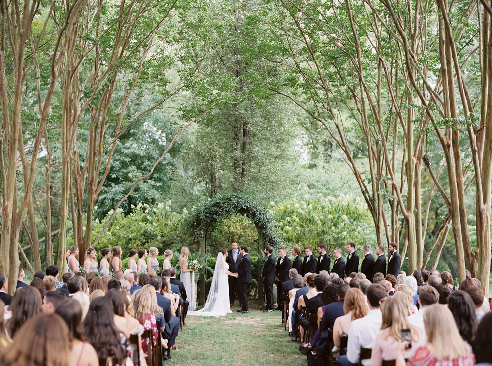 Elegant Outdoor Wedding with Al Fresco Dining