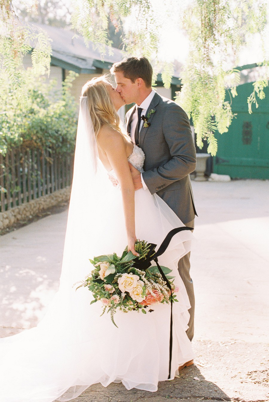 Whimsical Real Summer Wedding by Carmen Santorelli | Wedding Sparrow | wedding blog