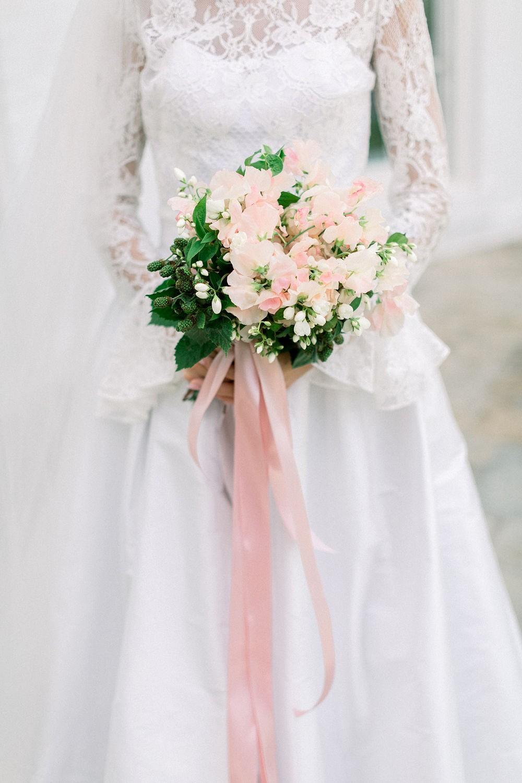 Dreamy Waterfront Wedding Ideas