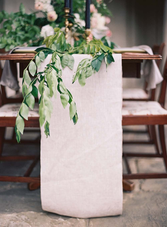 Minimalistic Old World Wedding Style