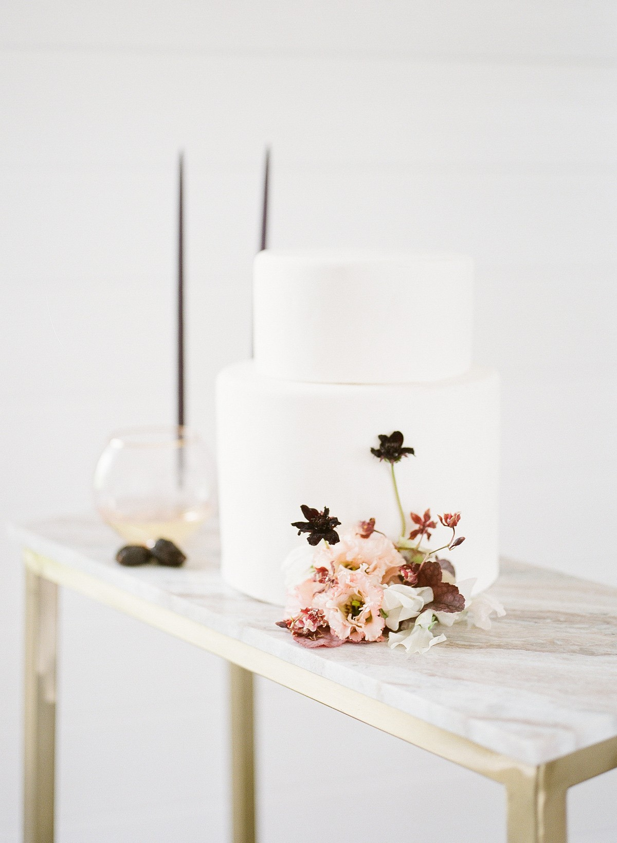 Muted Fall Tones and Minimal Wedding Ideas