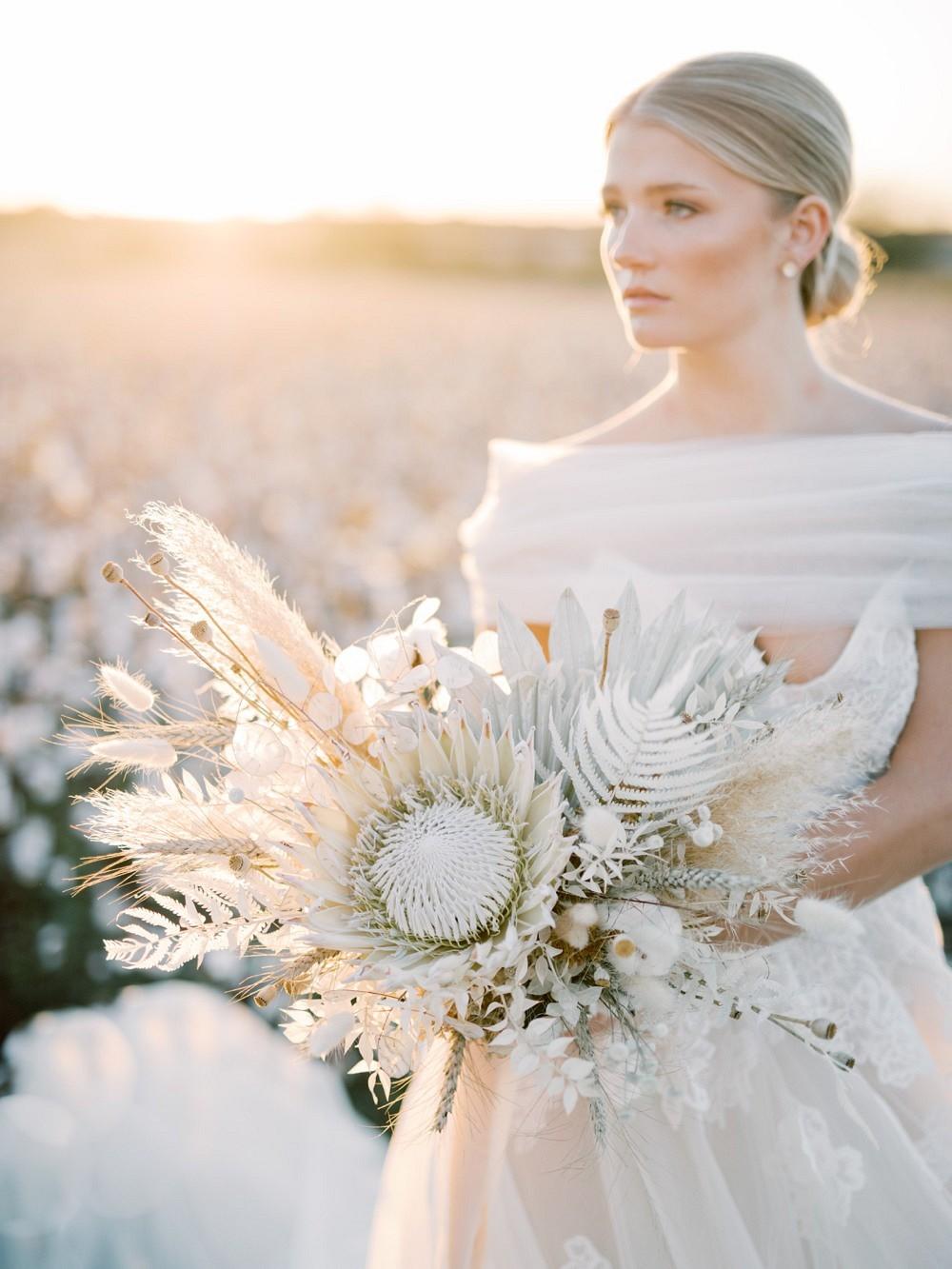 dried flower wedding bouquets