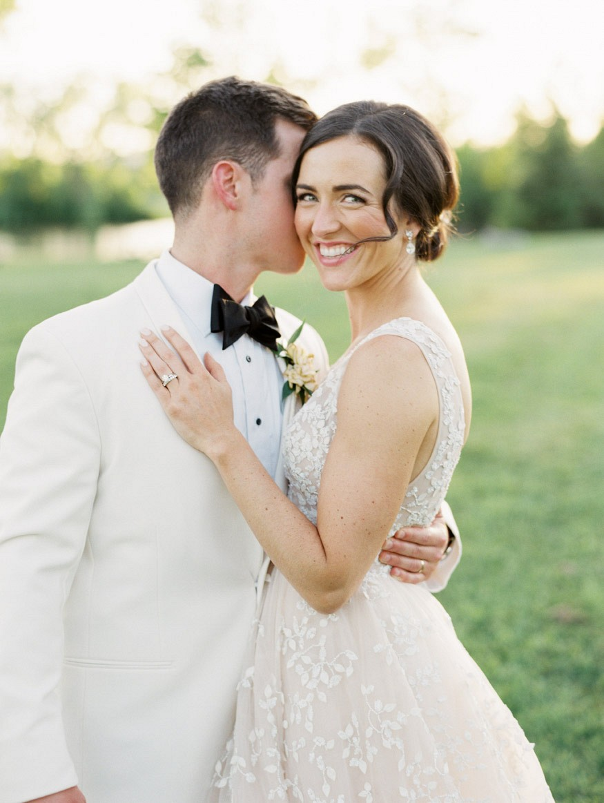 Chic New York country club wedding in sailcloth tent