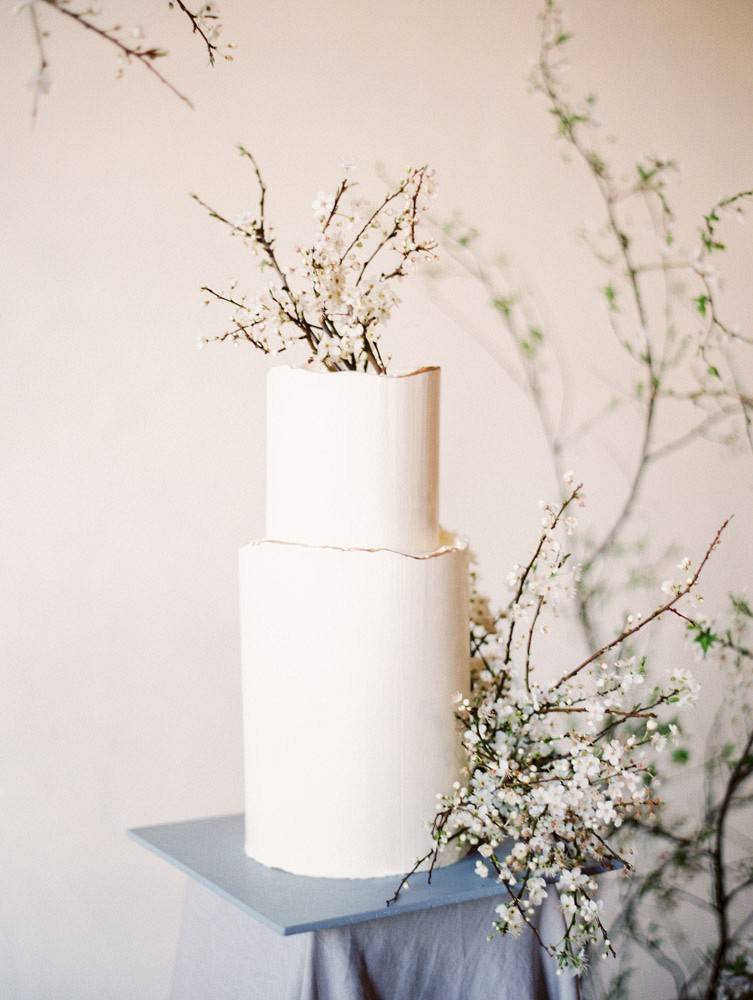 Contemporary Spring Bloom Inspiration